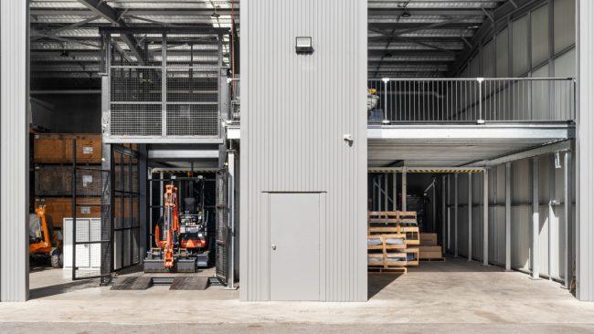 Image 1 Kubpower - Mezzanine Machinery Hoist